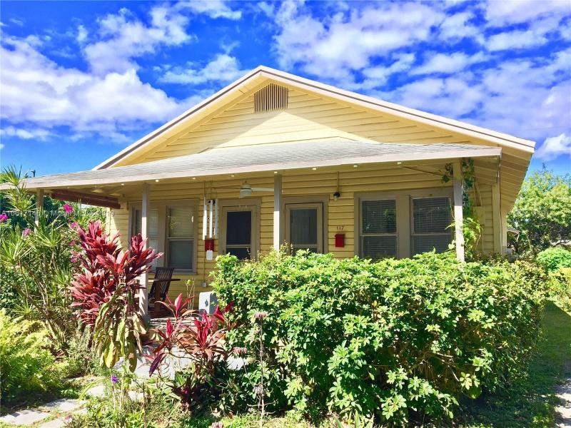 31  Sidonia Ave , Coral Gables, FL 33134-3450