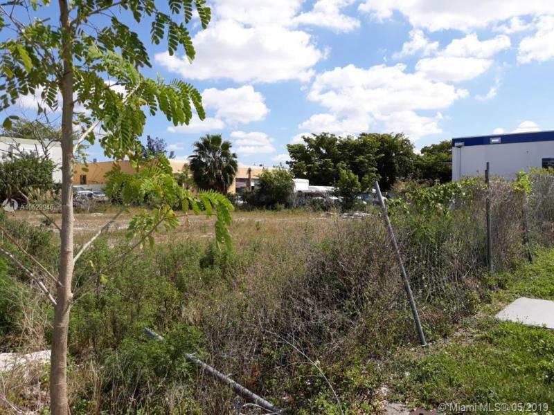 88 Av NW 119 St, Hialeah Gardens, FL, 33018