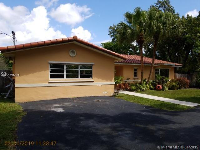 8935 SW 158th St , Palmetto Bay, FL 33157-1943