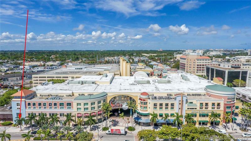 5789 Sunset Dr 5789, South Miami, FL, 33143