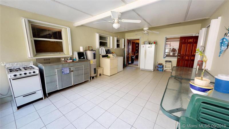 375 E 56th St, Hialeah, FL, 33013