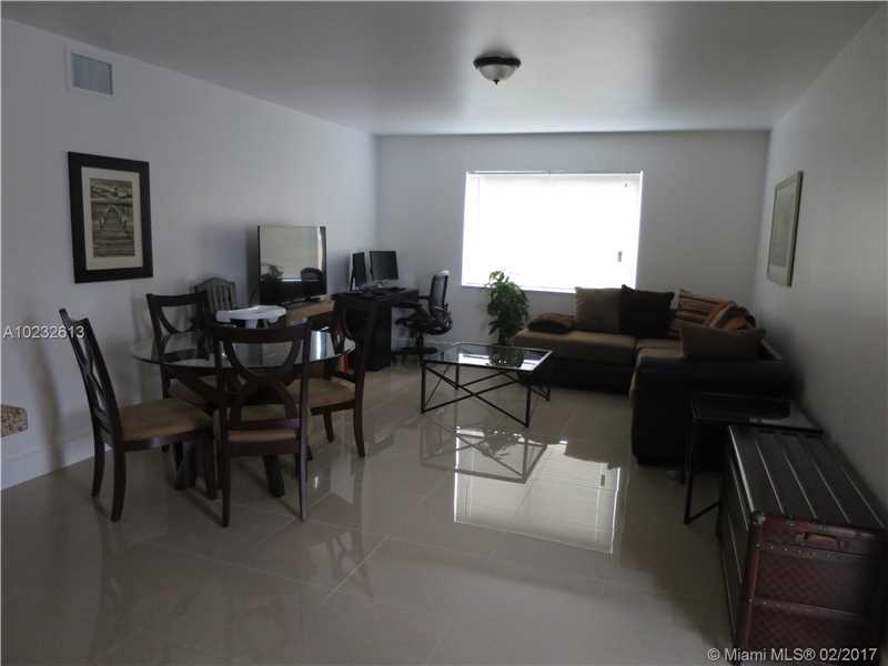 551 SW 14th Ave 4, Fort Lauderdale, FL 33312