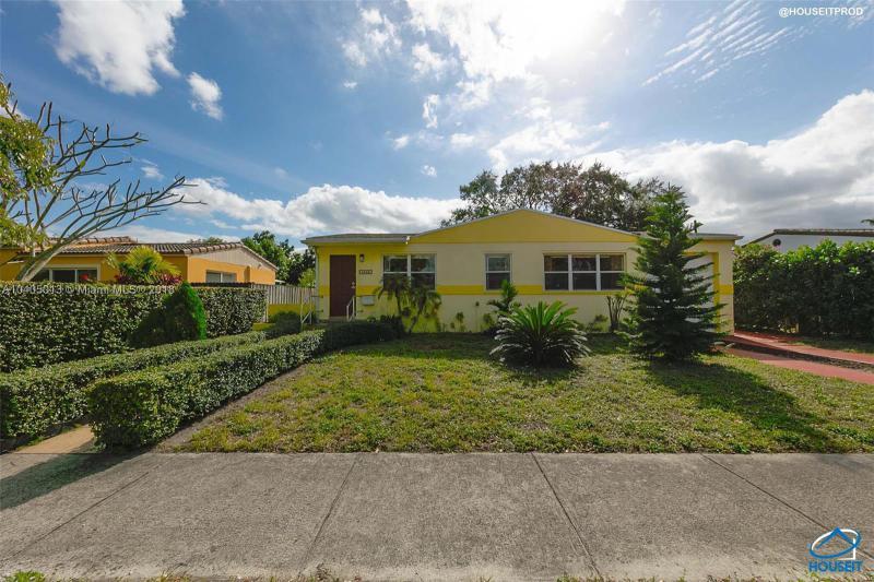 5911 SW 13th Ter , West Miami, FL 33144-5739