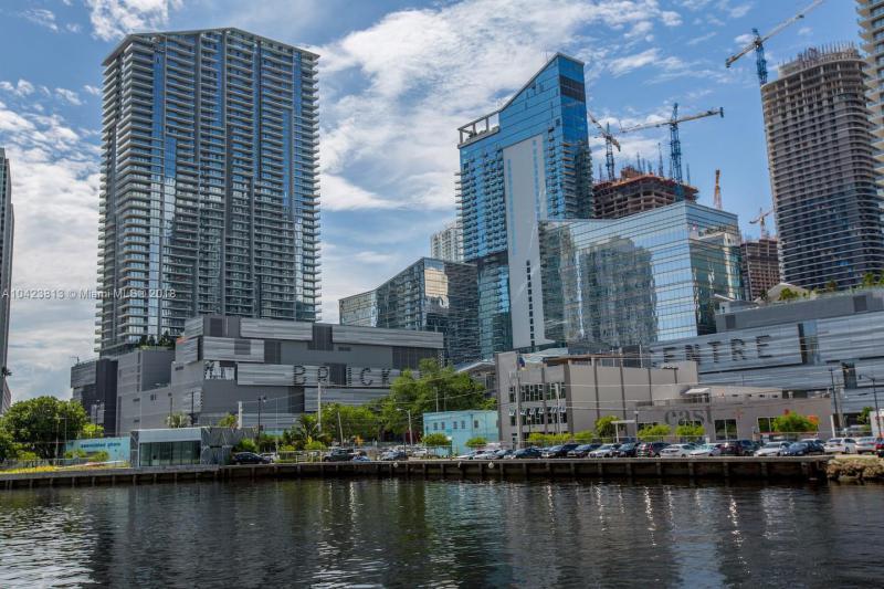 Brickell City Centre, 68 SE 6th Street, Miami, FL 33131