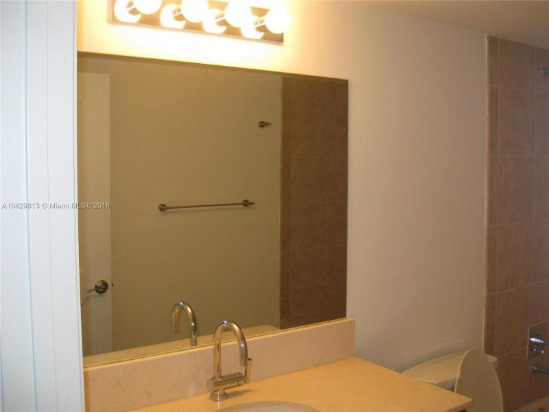 Imagen 17 de Residential Rental Florida>Sunrise>Broward      - Rent:2.200 US Dollar - codigo: A10429813
