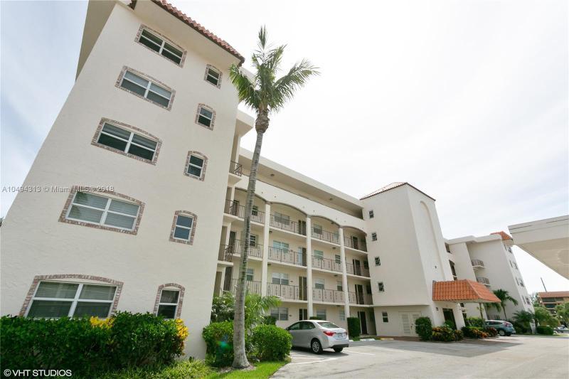 7402  Geminata Oak Ct , Palm Beach Gardens, FL 33410-3248