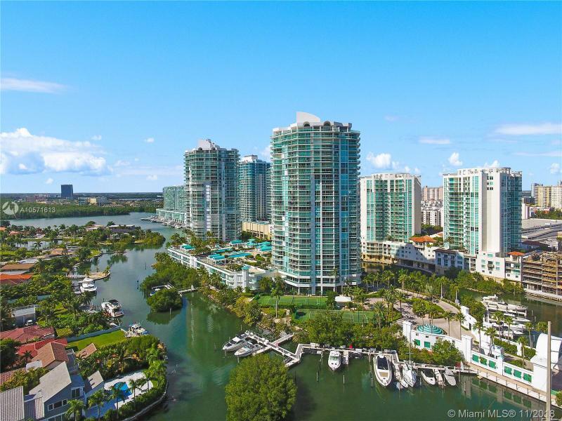 16500 COLLINS AVE TH-8, Sunny Isles Beach, FL, 33160