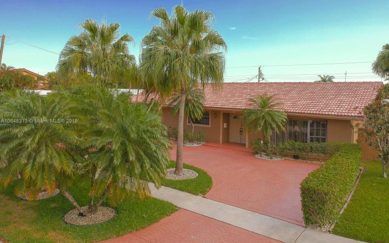 1512 N 40th Ave , Hollywood, FL 33021-4960