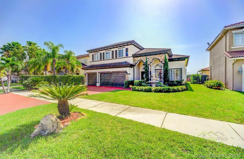 5105 SW 165th Ave,  Miami, FL