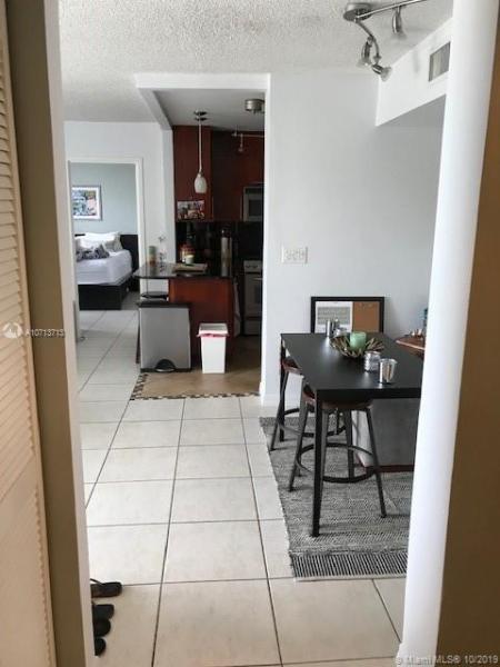1050 SE 15th St 307, Fort Lauderdale, FL, 33316