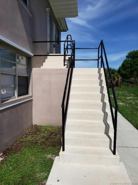 3740 Avenue S APT Top, Riviera Beach, FL, 33404