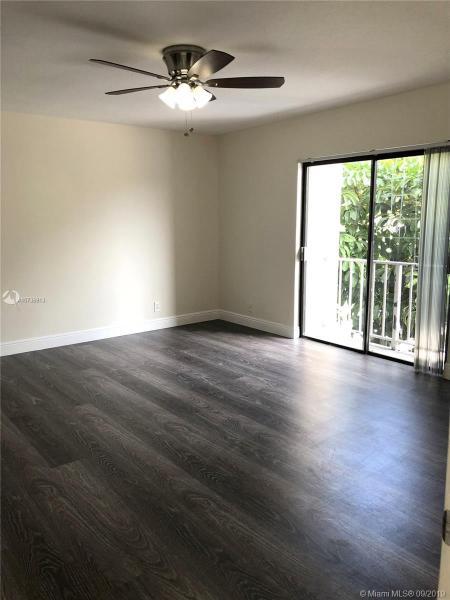 500 NE 2nd St 202, Dania Beach, FL, 33004
