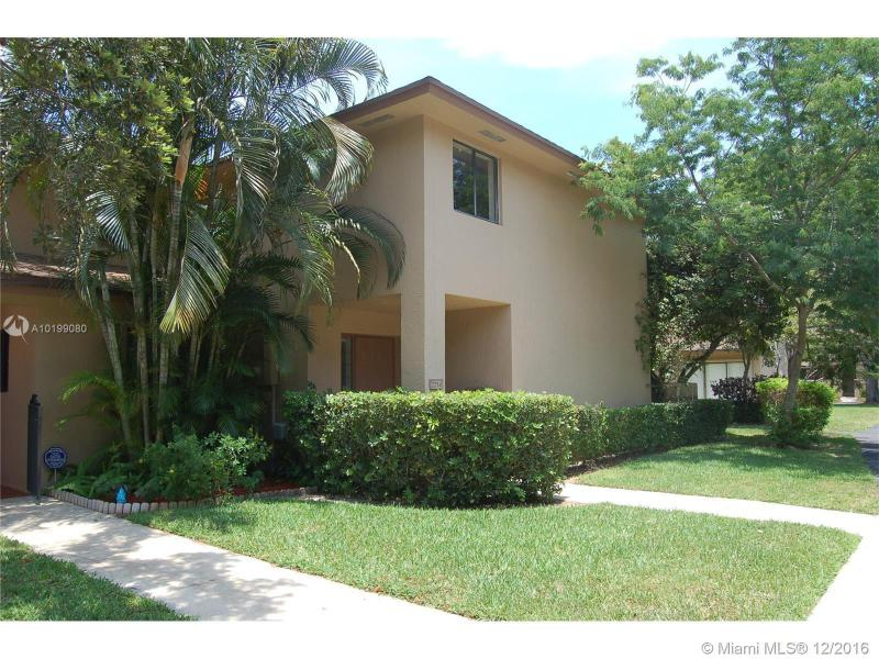 2214 NW 39th Ave,  Coconut Creek, FL