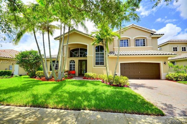2837 Poinciana Cir