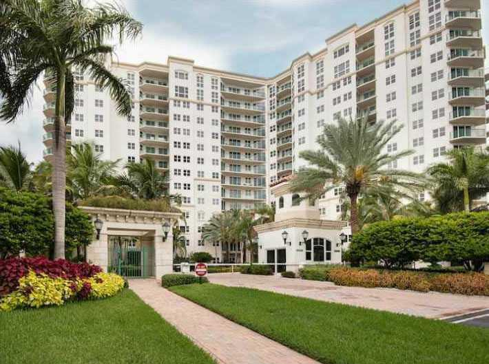 For Sale 20000 E Country Club Dr #801 Aventura  FL 33180 - Turnberry Village