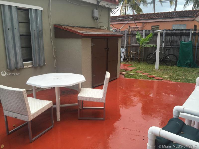 For Sale at  1466 NE 180Th St North Miami Beach  FL 33162 - Fulford By Sea Sec L - 4 bedroom 2 bath A10256947_12