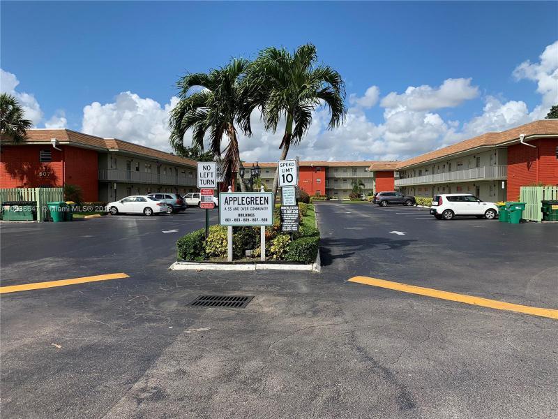 6503 Winfield Blvd, Margate FL 33063-7130