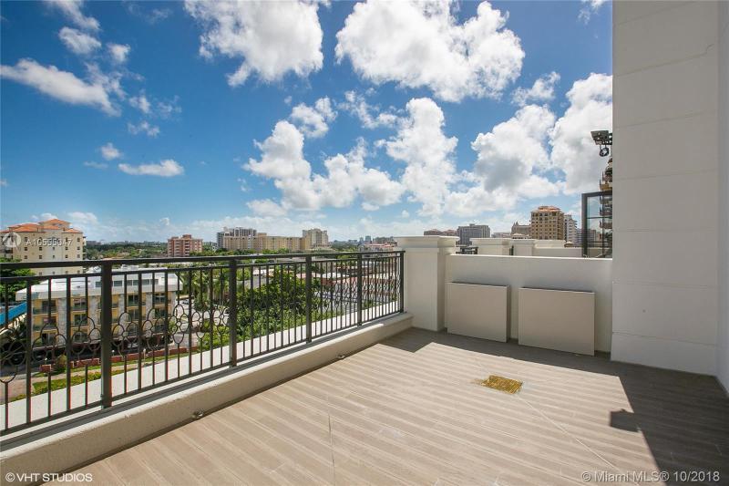 1200 Ponce De Leon Blvd 704, Coral Gables, FL, 33134