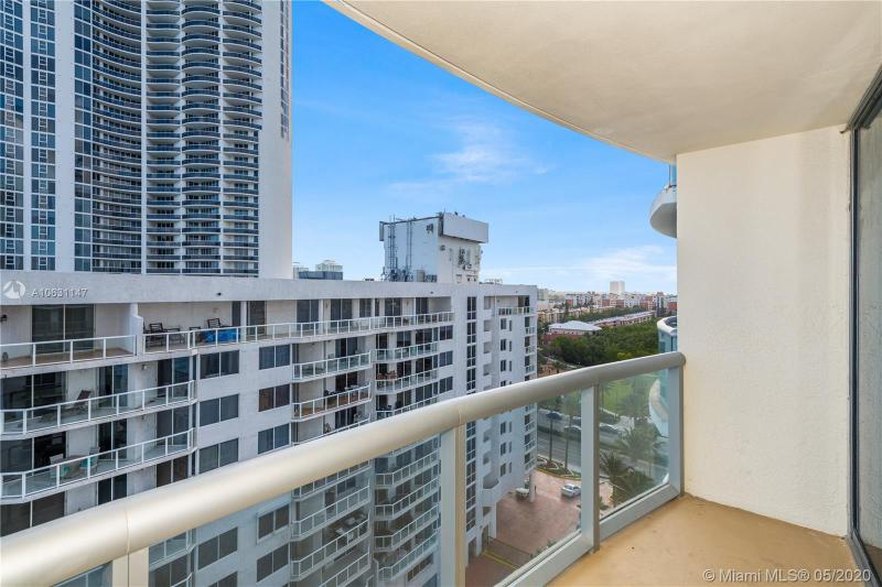 17315 COLLINS AVE 1104, Sunny Isles Beach, FL, 33160