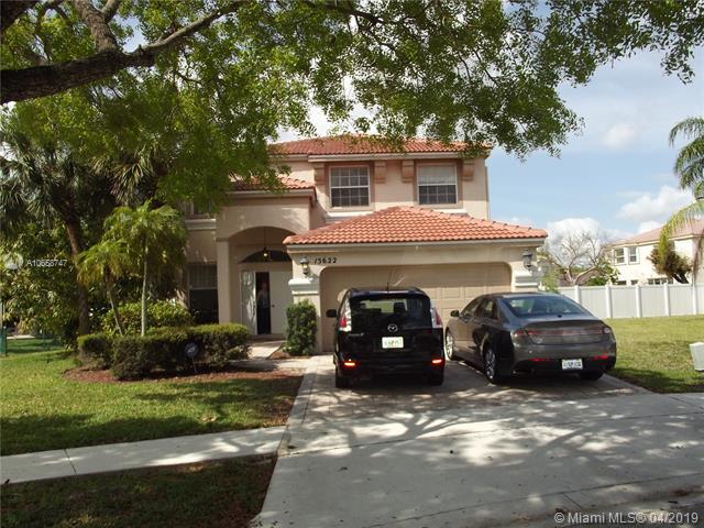 15663 NW 12th Rd , Pembroke Pines, FL 33028-1678