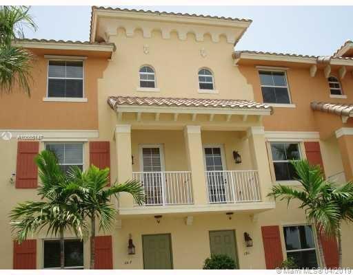 3 Renaissance Way, Boynton Beach FL 33426-