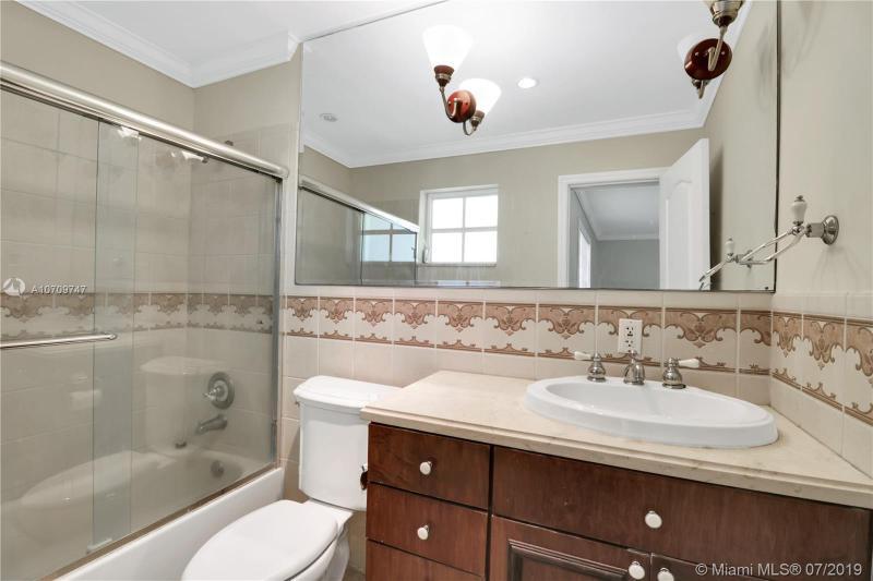 730 Davis RD, Coral Gables, FL, 33143