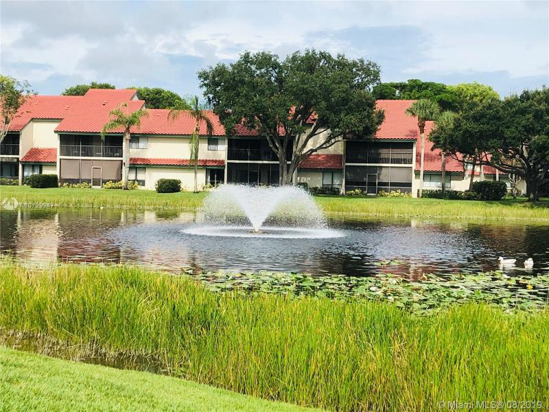 18 W Lexington Ln W F, Palm Beach Gardens, FL, 33418