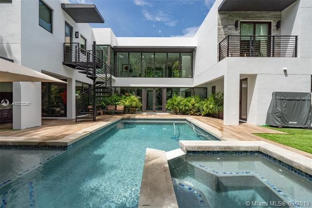 7251 SW 68th Ave, South Miami, FL, 33143