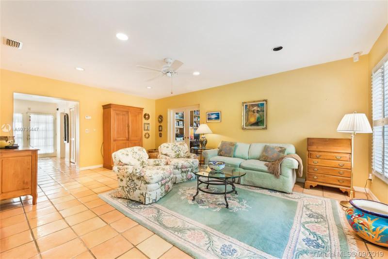 6910 Barquera St, Coral Gables, FL, 33146