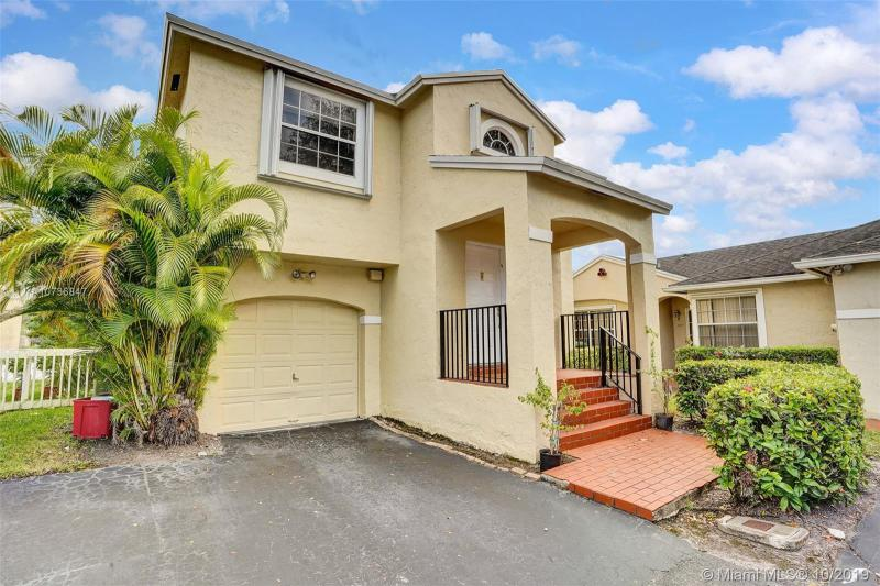 11806 NW 13th St, Pembroke Pines, FL, 33026