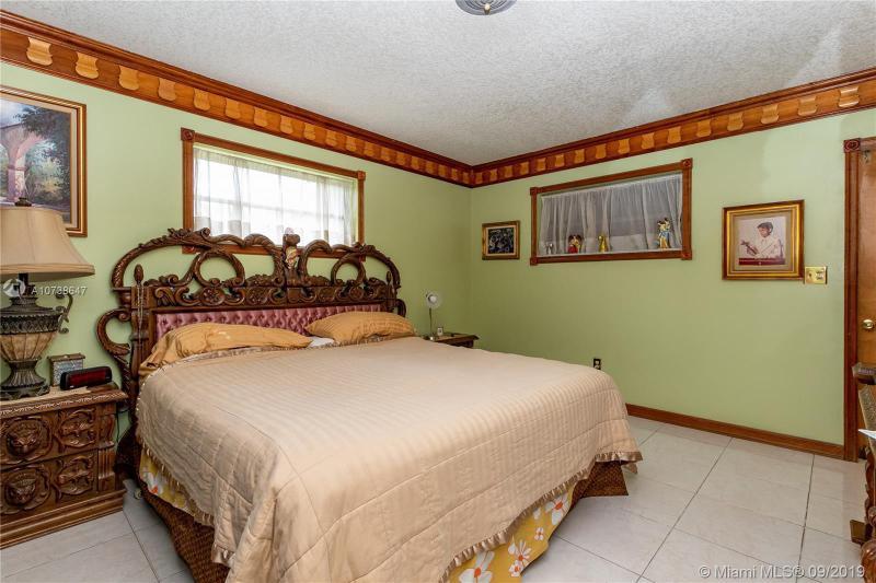 720 Nightingale Ave, Miami Springs, FL, 33166