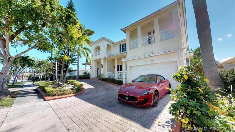 For Sale at  2370   Magnolia Dr North Miami  FL 33181 - Keystone Island No 4 - 5 bedroom 5 bath A10247514_3