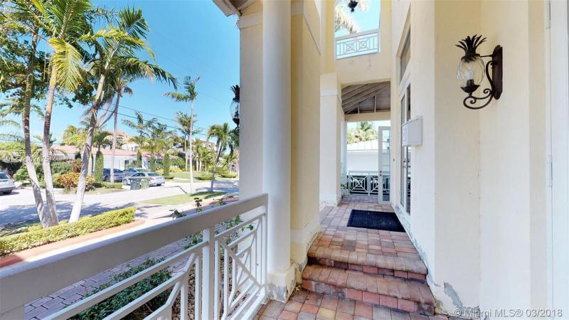 For Sale at  2370   Magnolia Dr North Miami  FL 33181 - Keystone Island No 4 - 5 bedroom 5 bath A10247514_4