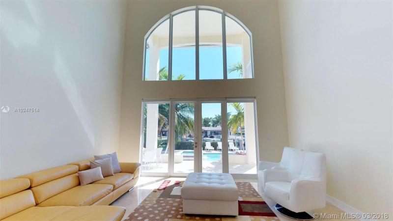 For Sale at  2370   Magnolia Dr North Miami  FL 33181 - Keystone Island No 4 - 5 bedroom 5 bath A10247514_7
