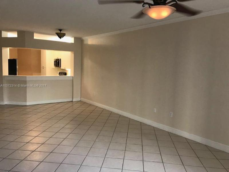 10720 NW 66th St  Unit 106, Doral, FL 33178-3656