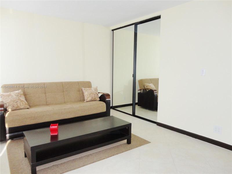 Imagen 12 de Residential Rental Florida>Hallandale>Broward      - Rent:1.970 US Dollar - codigo: A10429814