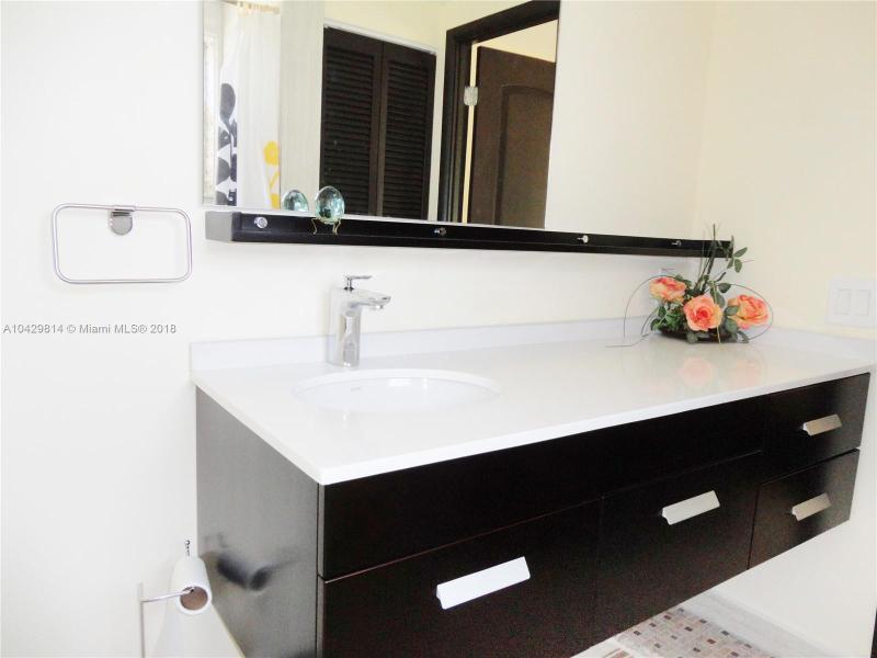 Imagen 15 de Residential Rental Florida>Hallandale>Broward      - Rent:1.970 US Dollar - codigo: A10429814