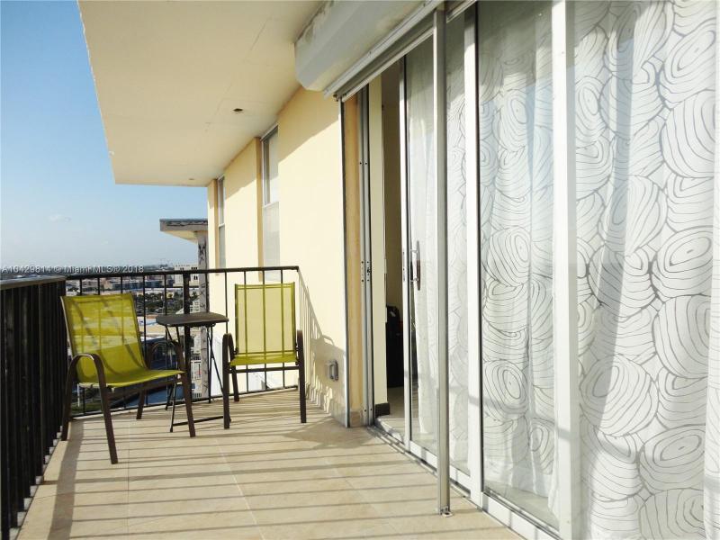 Imagen 22 de Residential Rental Florida>Hallandale>Broward      - Rent:1.970 US Dollar - codigo: A10429814