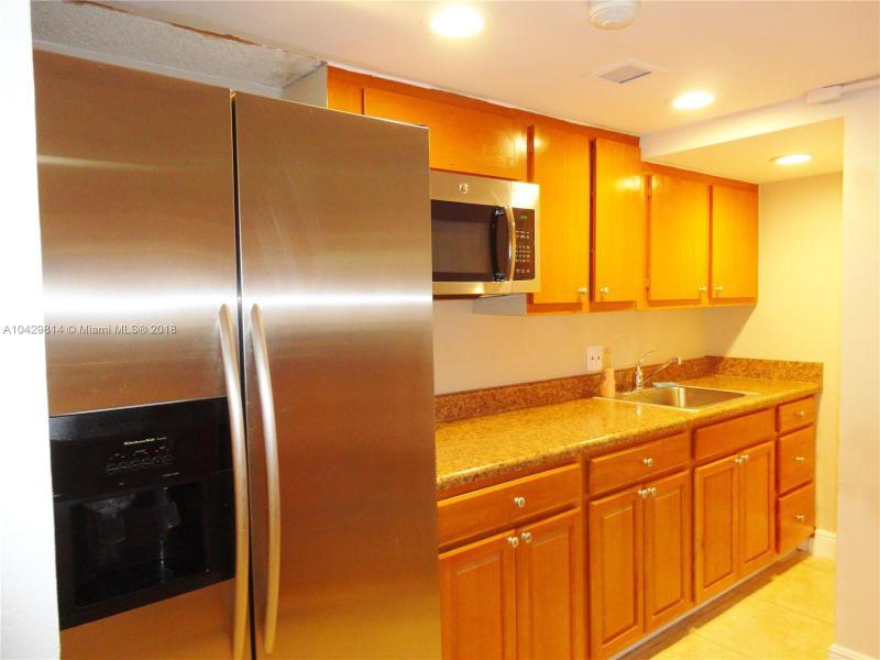 Imagen 30 de Residential Rental Florida>Hallandale>Broward      - Rent:1.970 US Dollar - codigo: A10429814