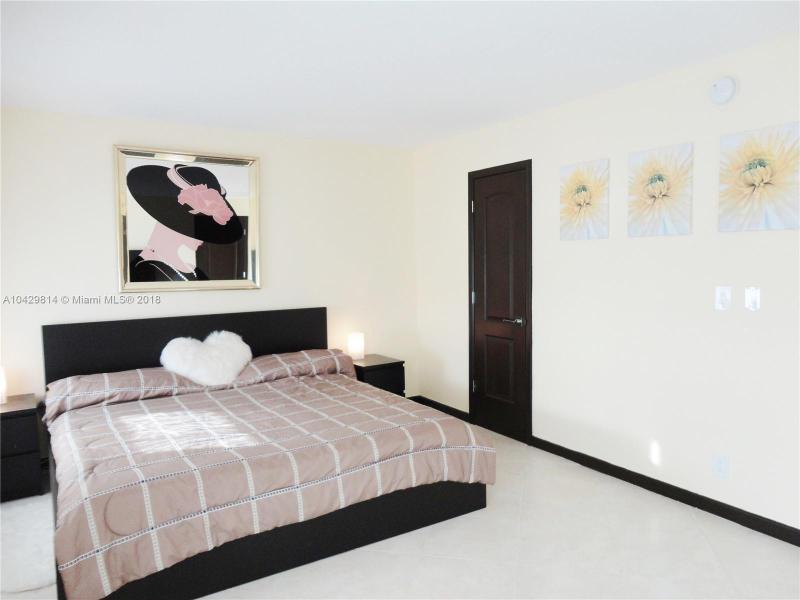 Imagen 8 de Residential Rental Florida>Hallandale>Broward      - Rent:1.970 US Dollar - codigo: A10429814