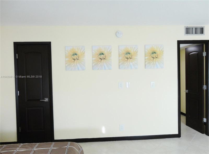 Imagen 9 de Residential Rental Florida>Hallandale>Broward      - Rent:1.970 US Dollar - codigo: A10429814