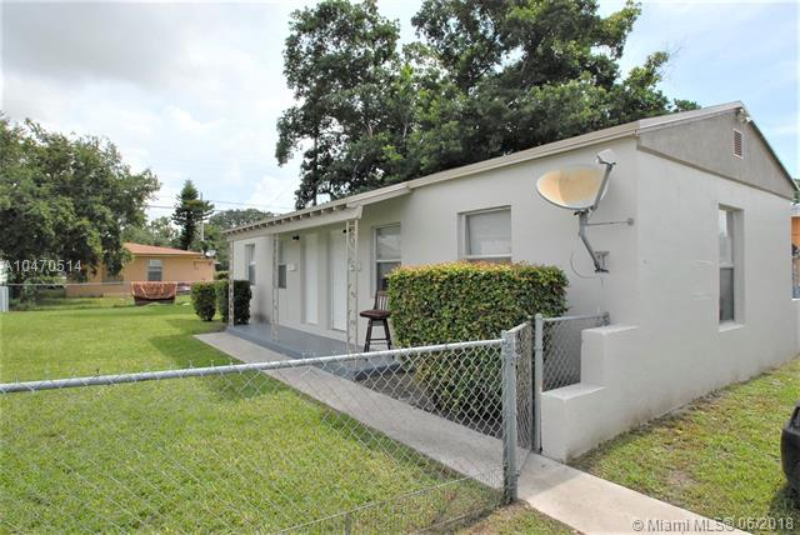 1200 SW 3rd St , Homestead, FL 33030-6889