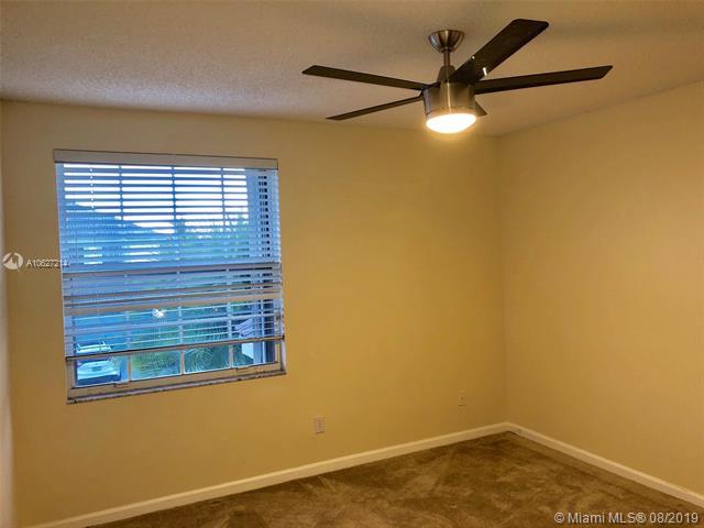 855 SW 174th Ter, Pembroke Pines, FL, 33029