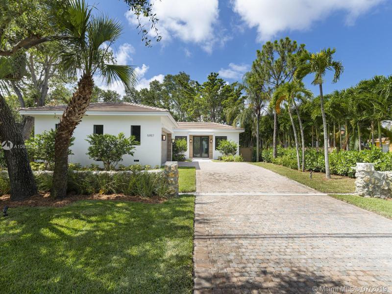 5957 SW 80th St,  Miami, FL