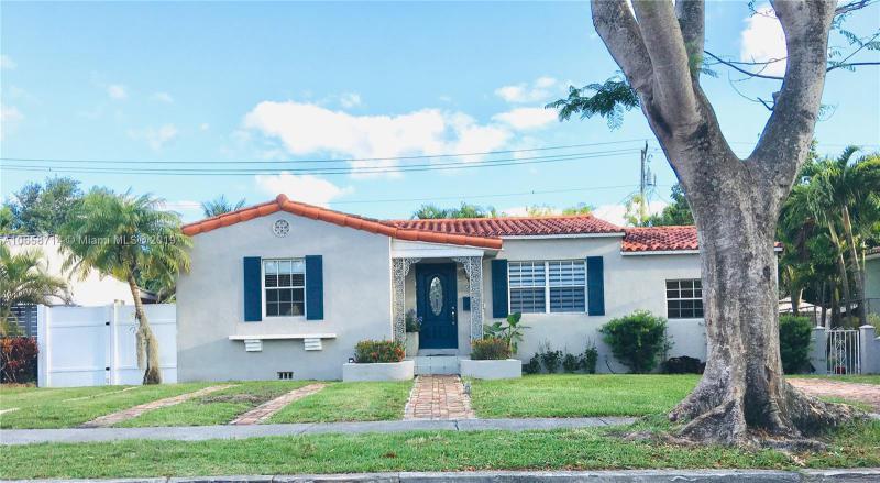 6370 SW 17th St , West Miami, FL 33155-1910