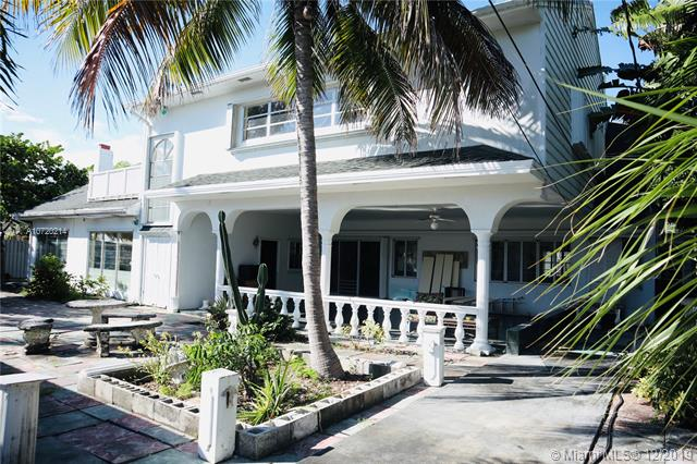 2404 NE 13th St,  Fort Lauderdale, FL