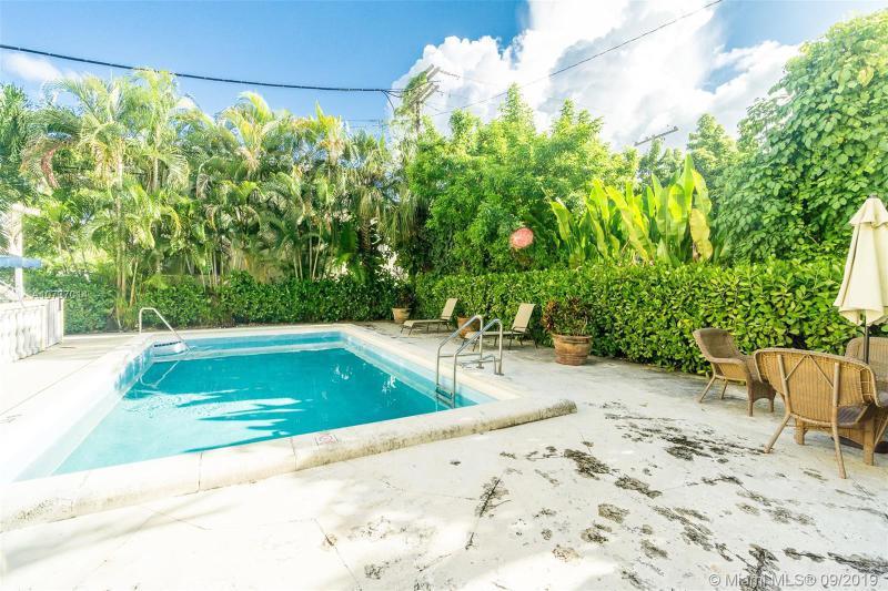 427 Santander Ave 203, Coral Gables, FL, 33134