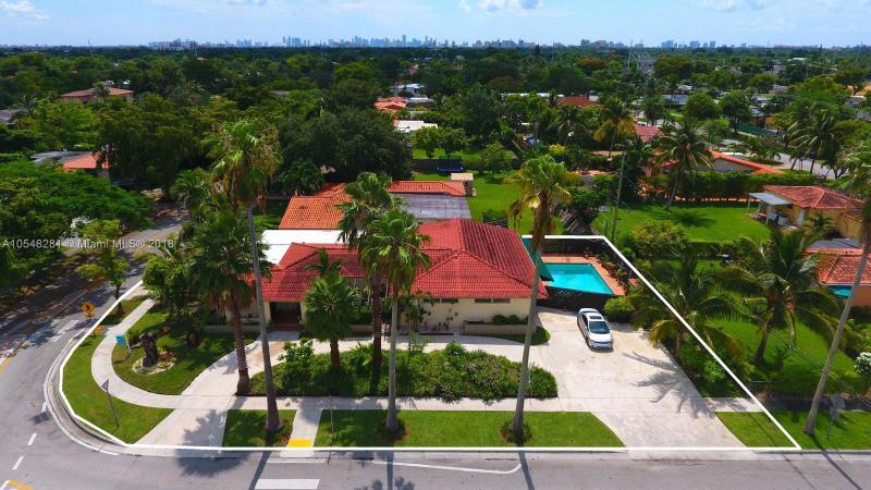 6551 SW 16 ter , West Miami, FL 33155-1805
