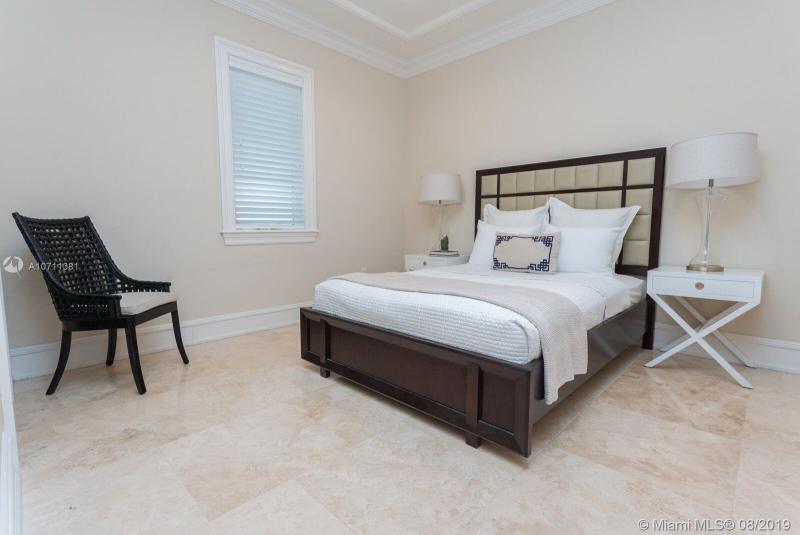 7365 SW 105th Ter, Pinecrest, FL, 33156
