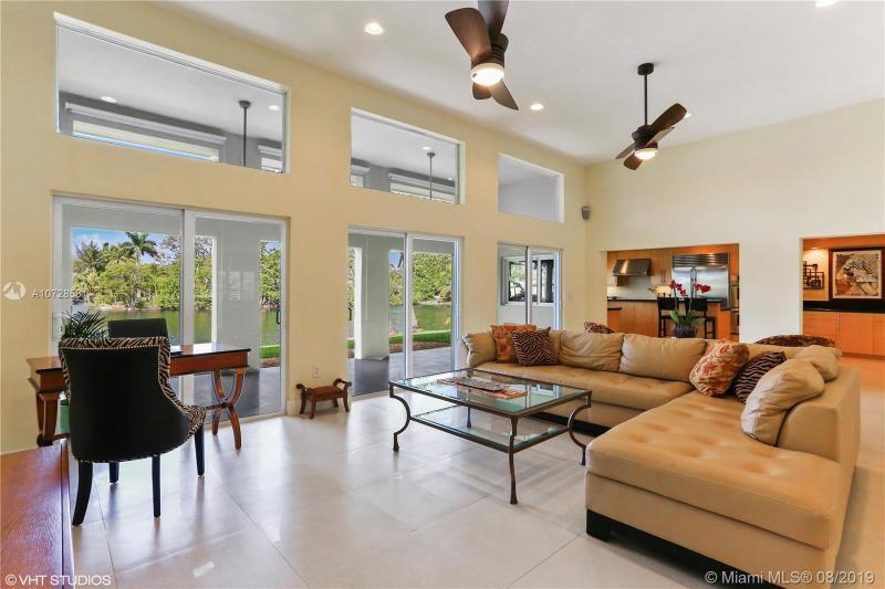 21410 NE 23rd Ave,  Miami, FL